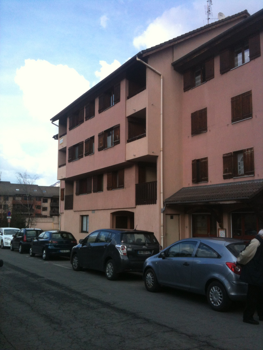 Location f3 sallanches village ancien hopital 1er for Ascenseur maison